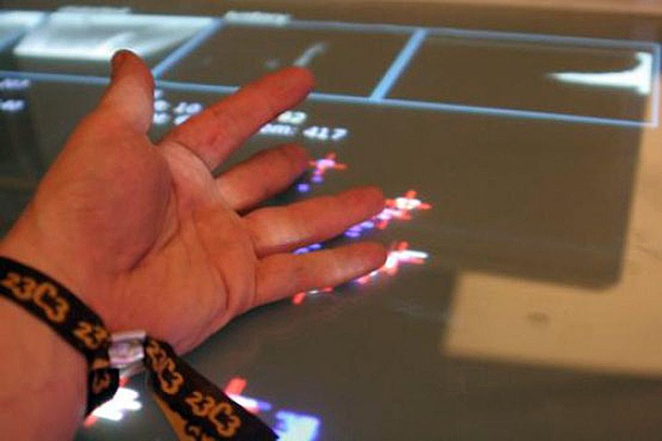 MTC Multi Touch Console Christian Bennat Projekt Technik Projekt Invention Bau Mirko Fichtner cbase