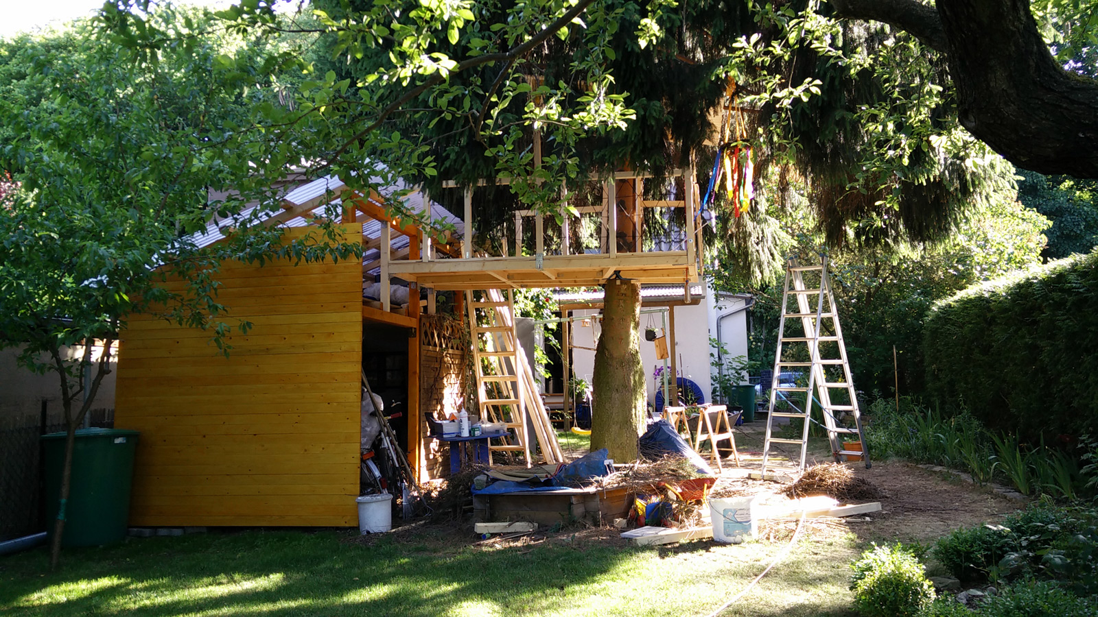 SamHouse Real Bennat Projekt Design Architektur Bau Baumhaus
